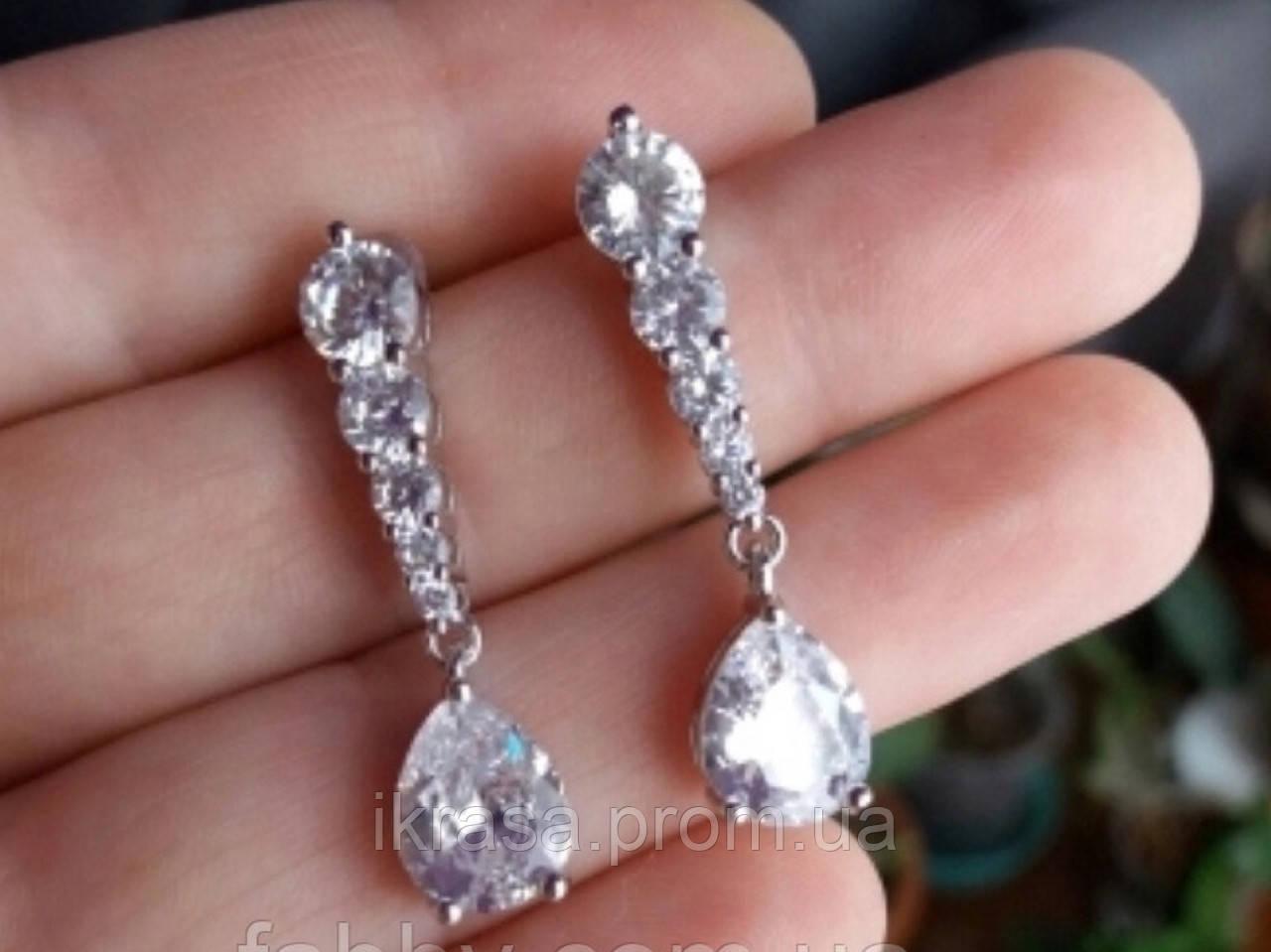 Lux посріблені невеличкі сережки з кристалами циркону 5,5 см довжиною