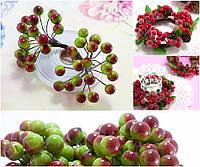 (Пучок) Калина лаковая для рукоделия  Ø12мм, 40 ягодок Цвет - Зелёный с бордовым бочком, фото 1