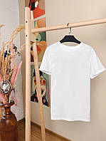 Женская белая базовая футболка свободного кроя