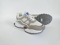 Очень классные повседневные кроссовки бело-серого цвета на стильной платформе. Эко кожа высшего качества.