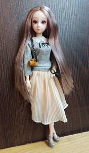 Шарнірна лялька з довгим попелястим волоссям і скляними 3D очима + одяг і взуття в подарунок