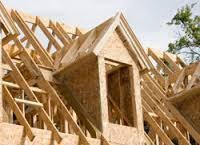 Влаштування деревяного каркасу даху