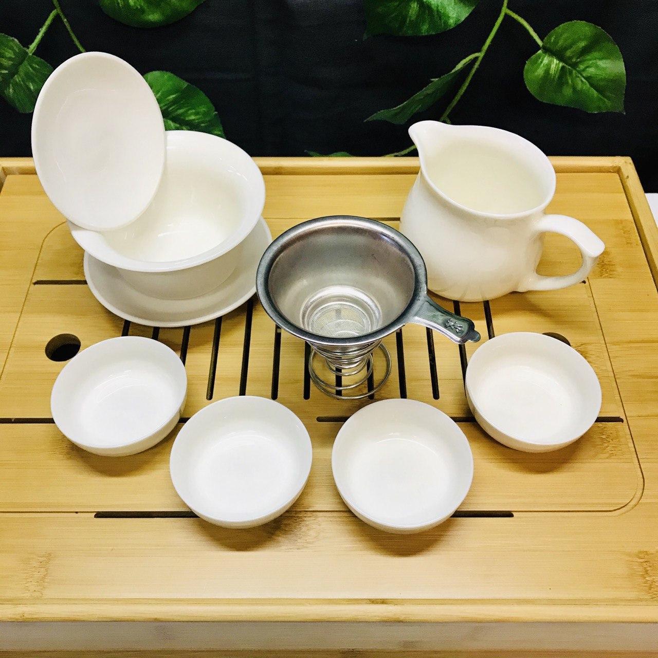 Фарфоровый набор посуды для чайной церемонии