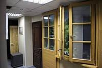 Ремонт офисных окон, дверей, лестниц.