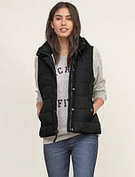 Женская пуховая  жилетка  BLACK A&F HOODED PUFFER VEST Abercrombie & Fitch