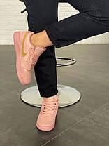 Женские кроссовки в стиле Nike Air Jordan 1 Low Coral Suede, фото 2