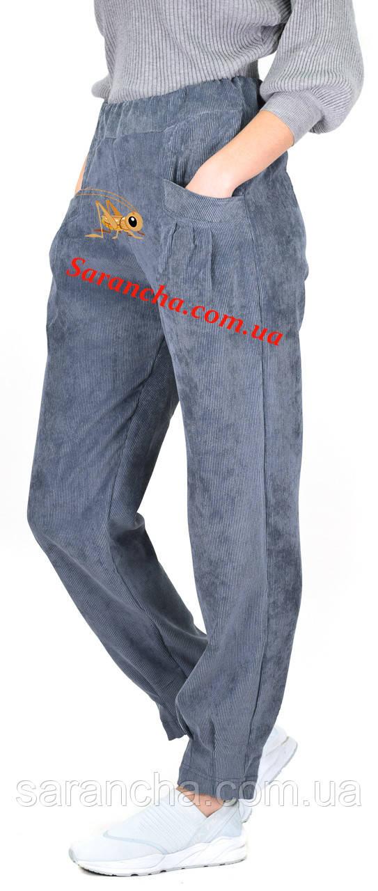 Молодежные женские брюки из мелкого вельвета лилового цвета