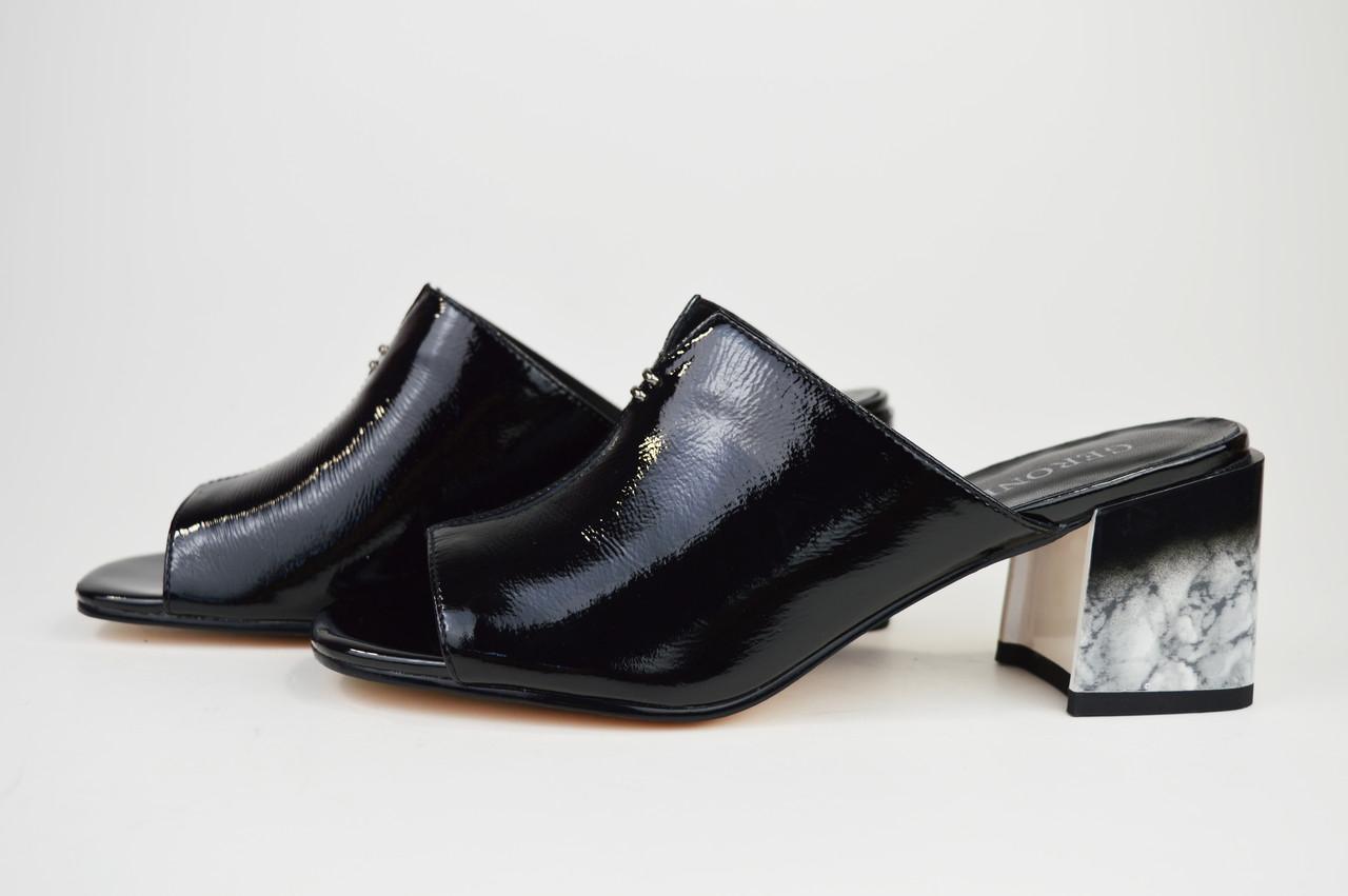 Шлепанцы на каблуке мрамор Geronea 22675 кожа
