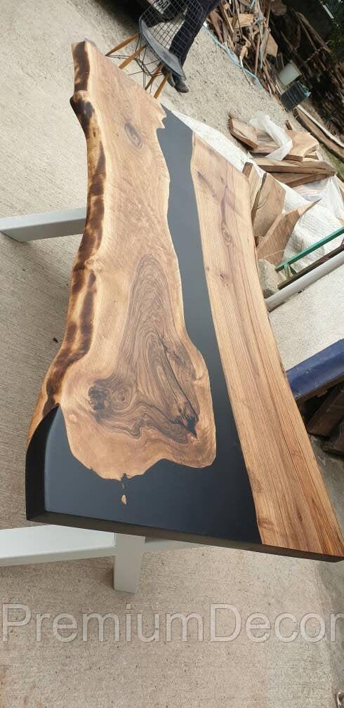 Стол из массива дерева американского ореха с эпоксидной смолой река лофт 180Х100Х77 см