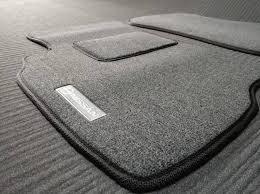 Текстильні килимки в багажник