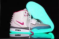 Женские кроссовки Nike Air Yeezy 2 Светящиеся  кроссовки белые женские