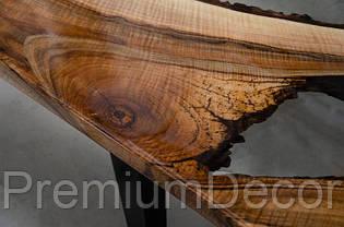 Стол из массива дерева слэба европейского ореха с эпоксидной смолой река лофт 150X70X46 см, фото 2