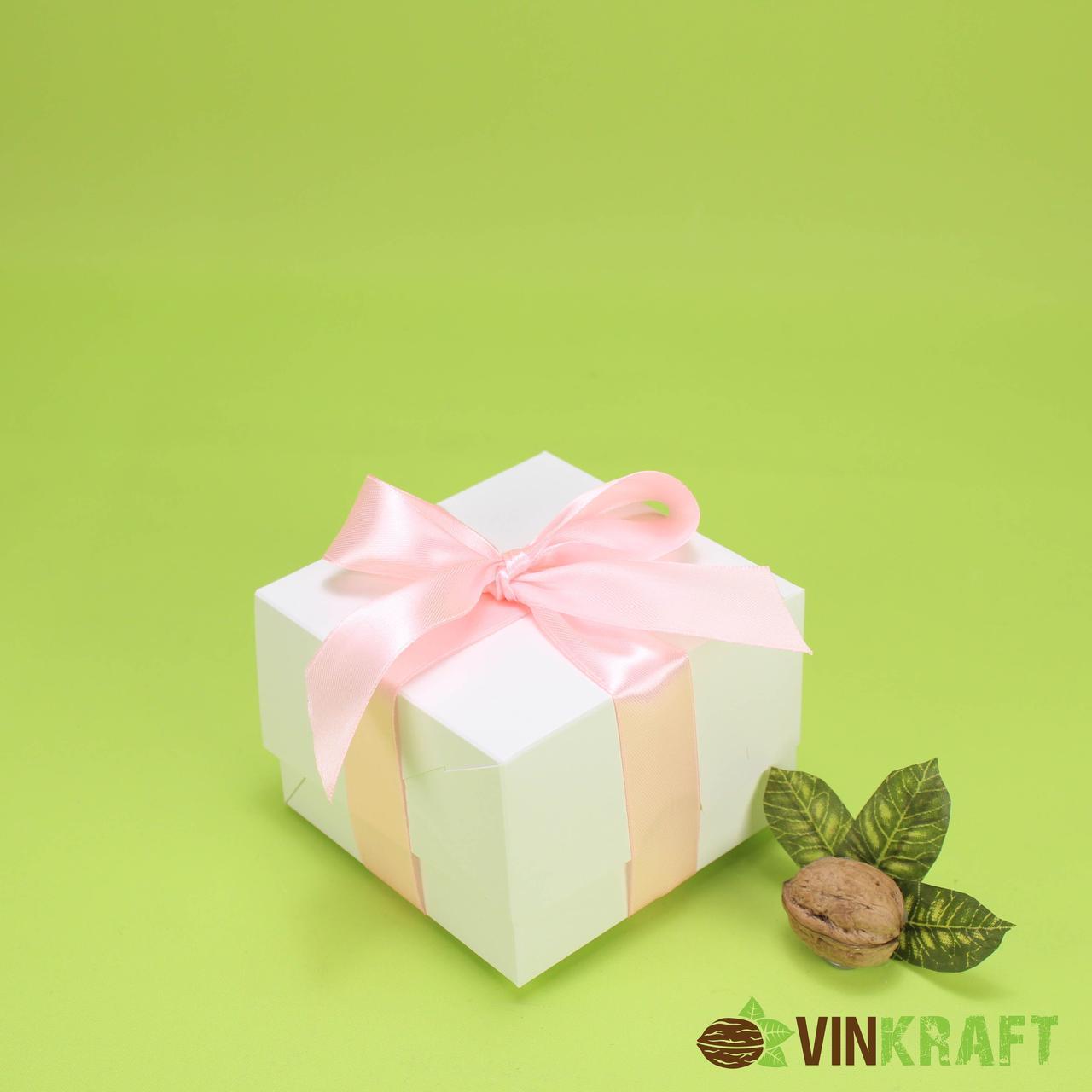 Коробка 110*110*80 для десертів, біла