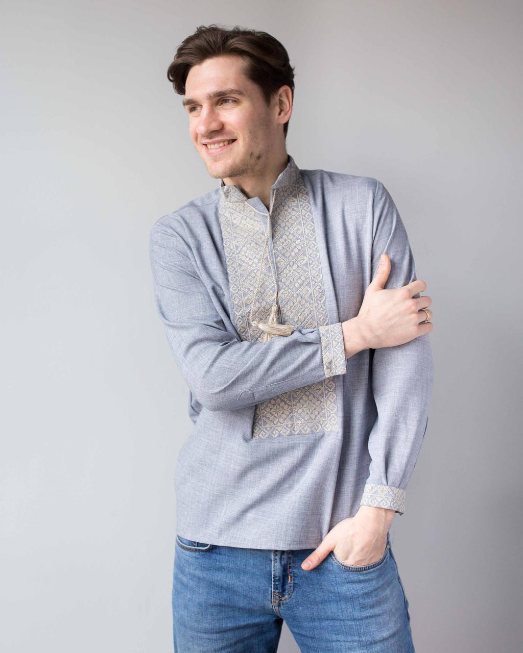 Мужская вышитая рубашка  с орнаментом