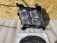 Фара правая 92202C6200 противотуманная Kia Sorento 15-18 США БУ, фото 1