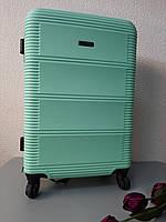Чемодан пластиковый средний на 4-х колесах, фото 1