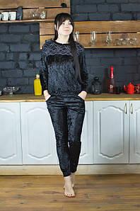 Жіночий домашній костюм велюровий Serenade чорний з чорним мереживом