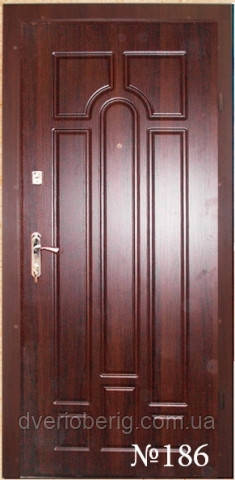 Входные двери темный орех л186