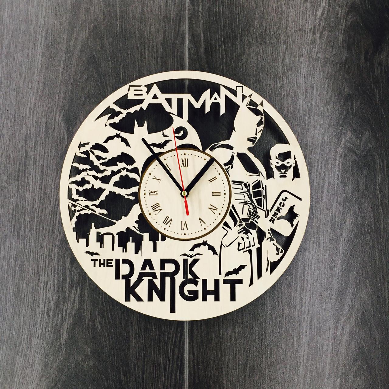Настенные часы большие оригинальные «The Dark Knight»