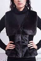 Модный женский меховой жилет на молнии черного цвета