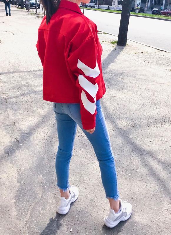 Джинсовая куртка женская oversize  красная