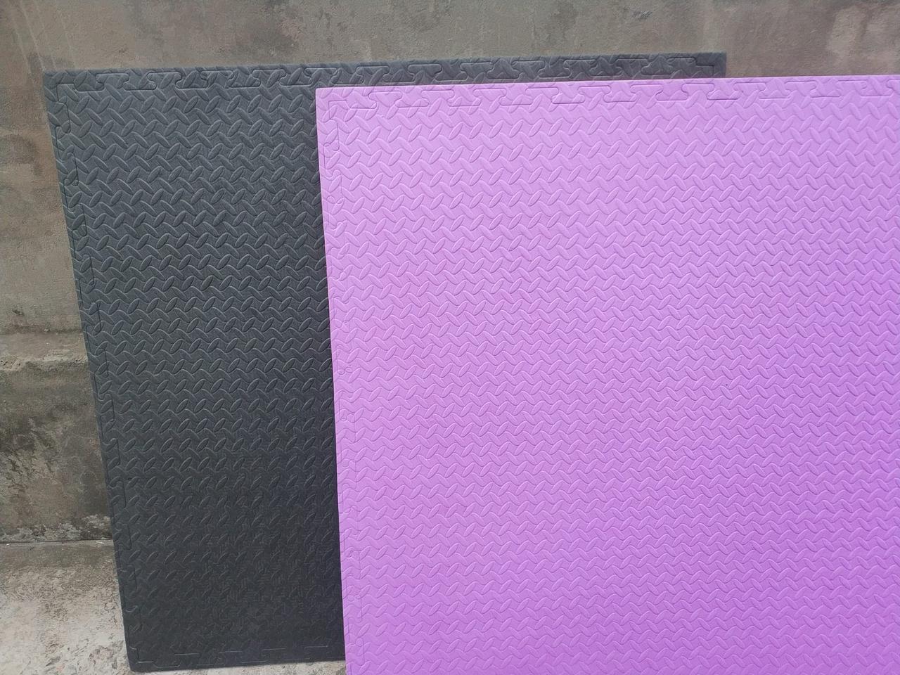 """Мат – татами """"ласточкин хвост"""" 20 мм 80 кг/м3 ,серо-черные, фиолетово-оранжевые"""