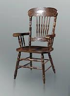 Кресло деревянное с резьбой