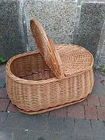 Плетёная корзина с крышкой из цельной лозы .Кошик для пікніка