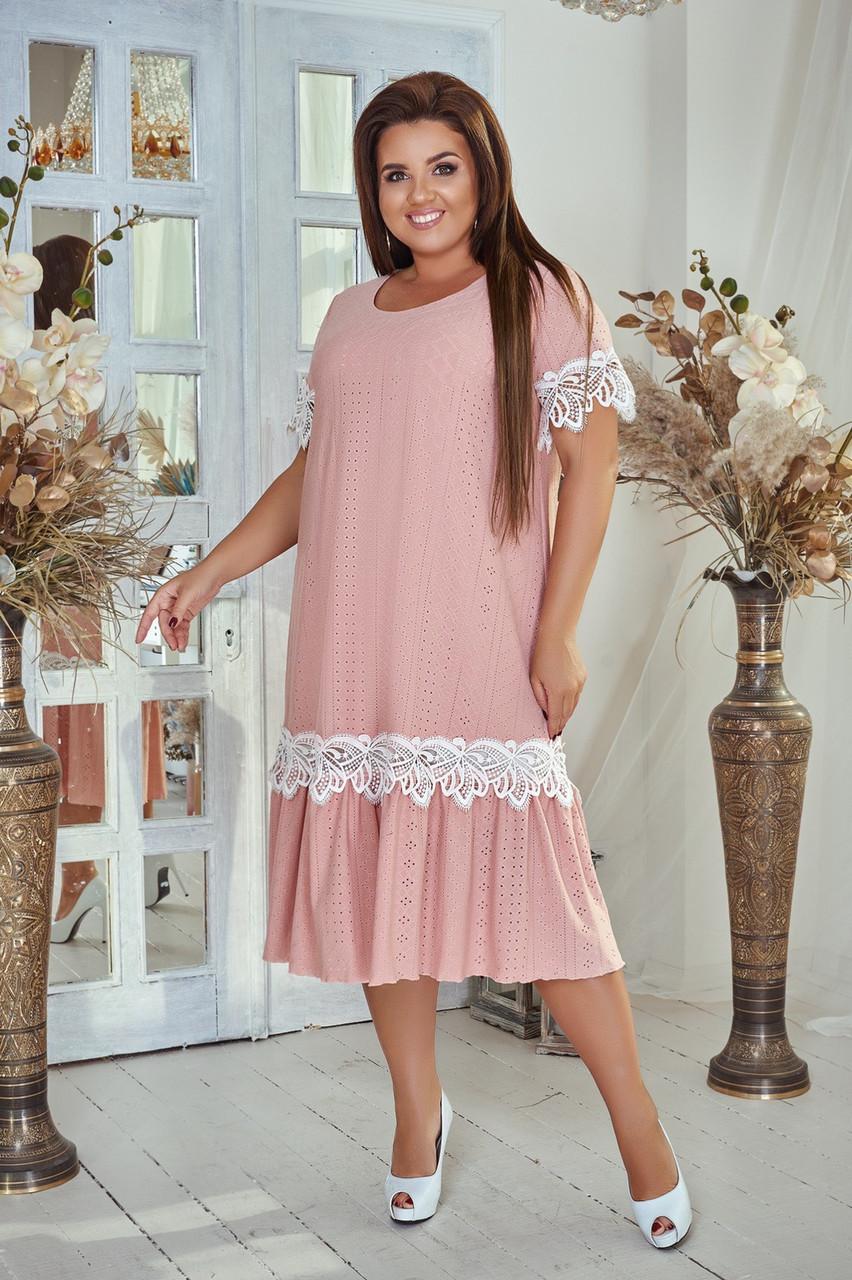 Стильное платье свободного покроя батал