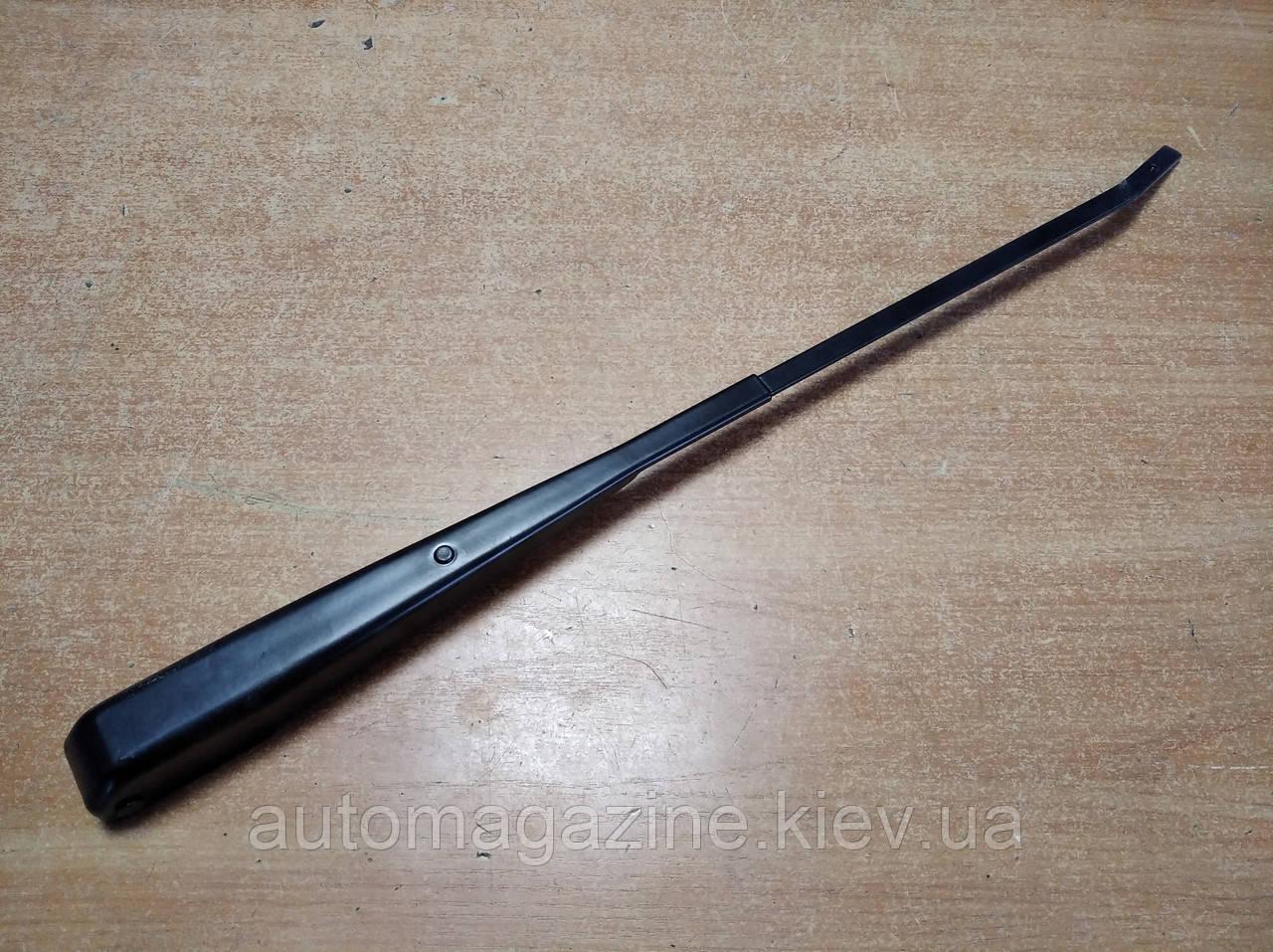Рычаг стеклоочистителя ГАЗ 2410 (Волга)