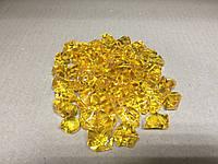 Кристаллы камни декоративные осколки 1,5х1,5 см янтарные светлые