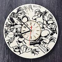 Настенные часы ручной работы из дерева «Имперские штурмовики»