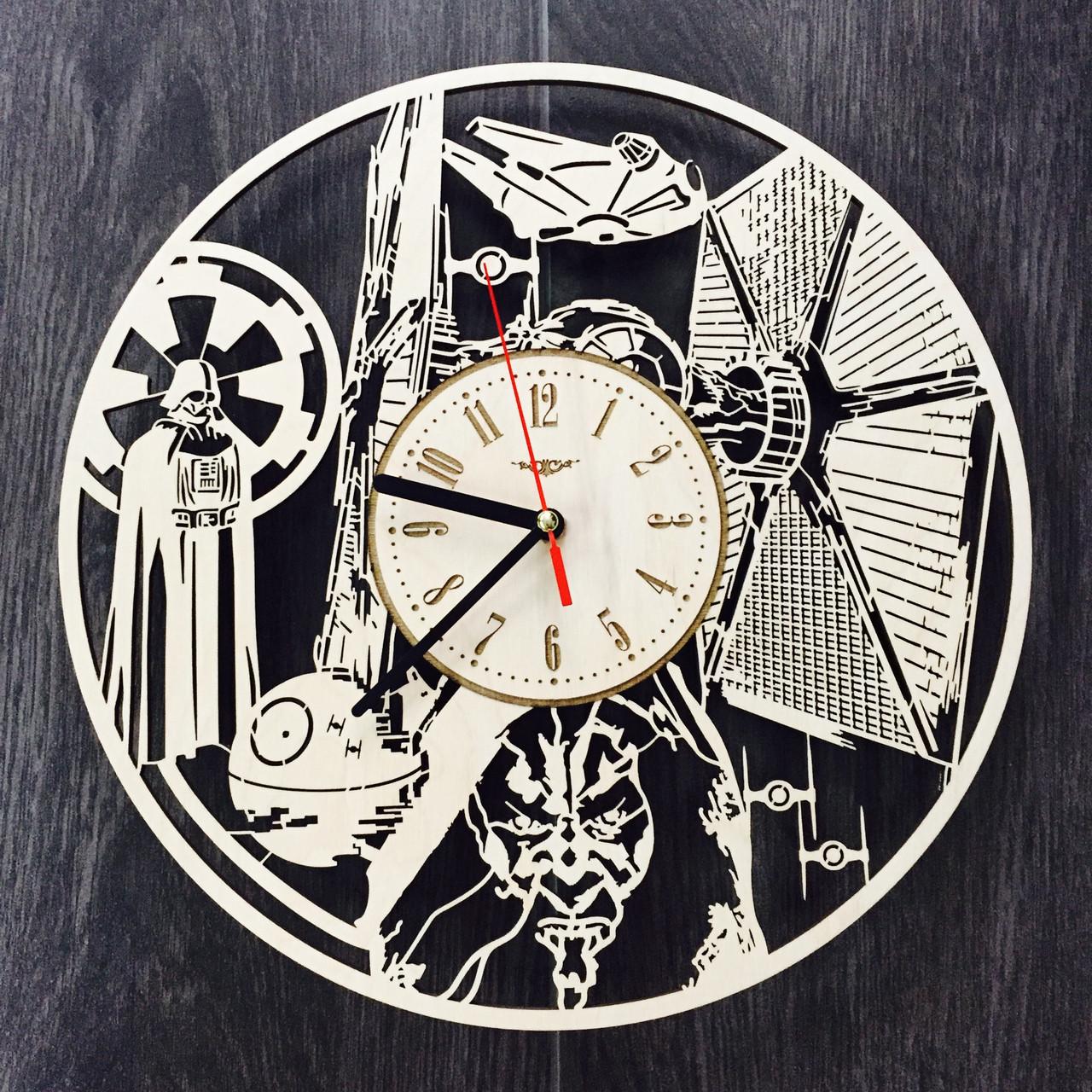 Деревянные часы ручной работы «Звездные Войны»