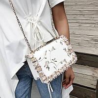 сумка клатч с вышивкой