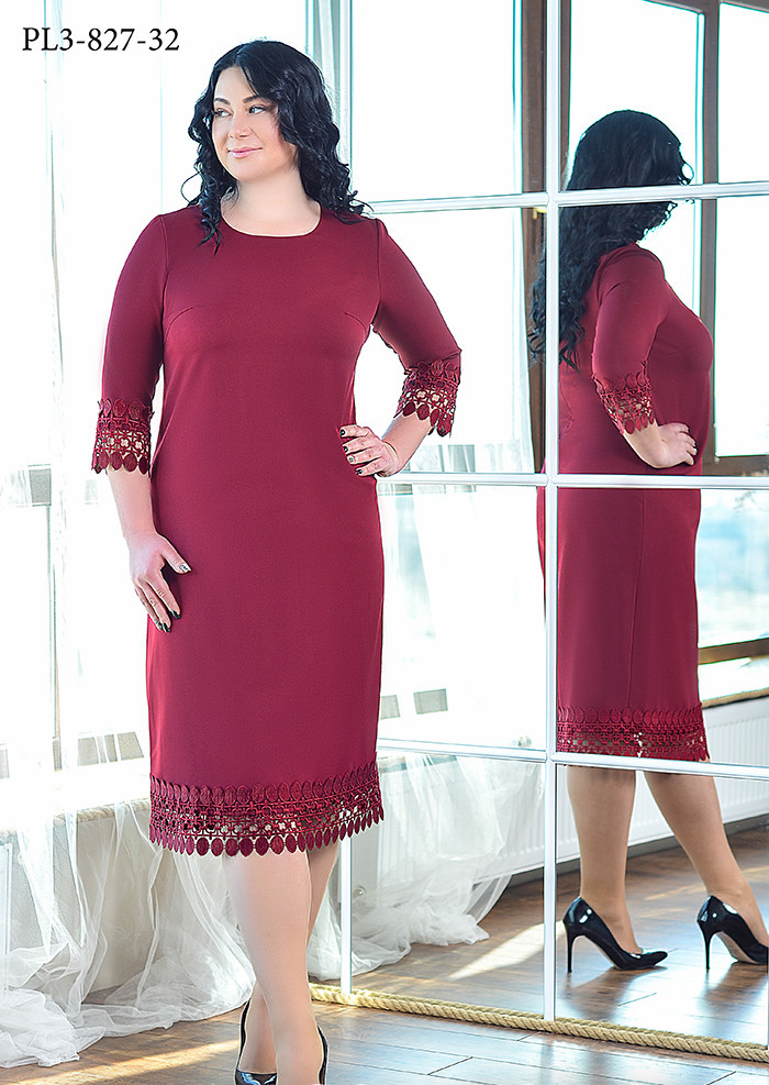 / Размер 52,54,56,60 / Женское платье прямого силуэта с рукавом ¾ / цвет бордо
