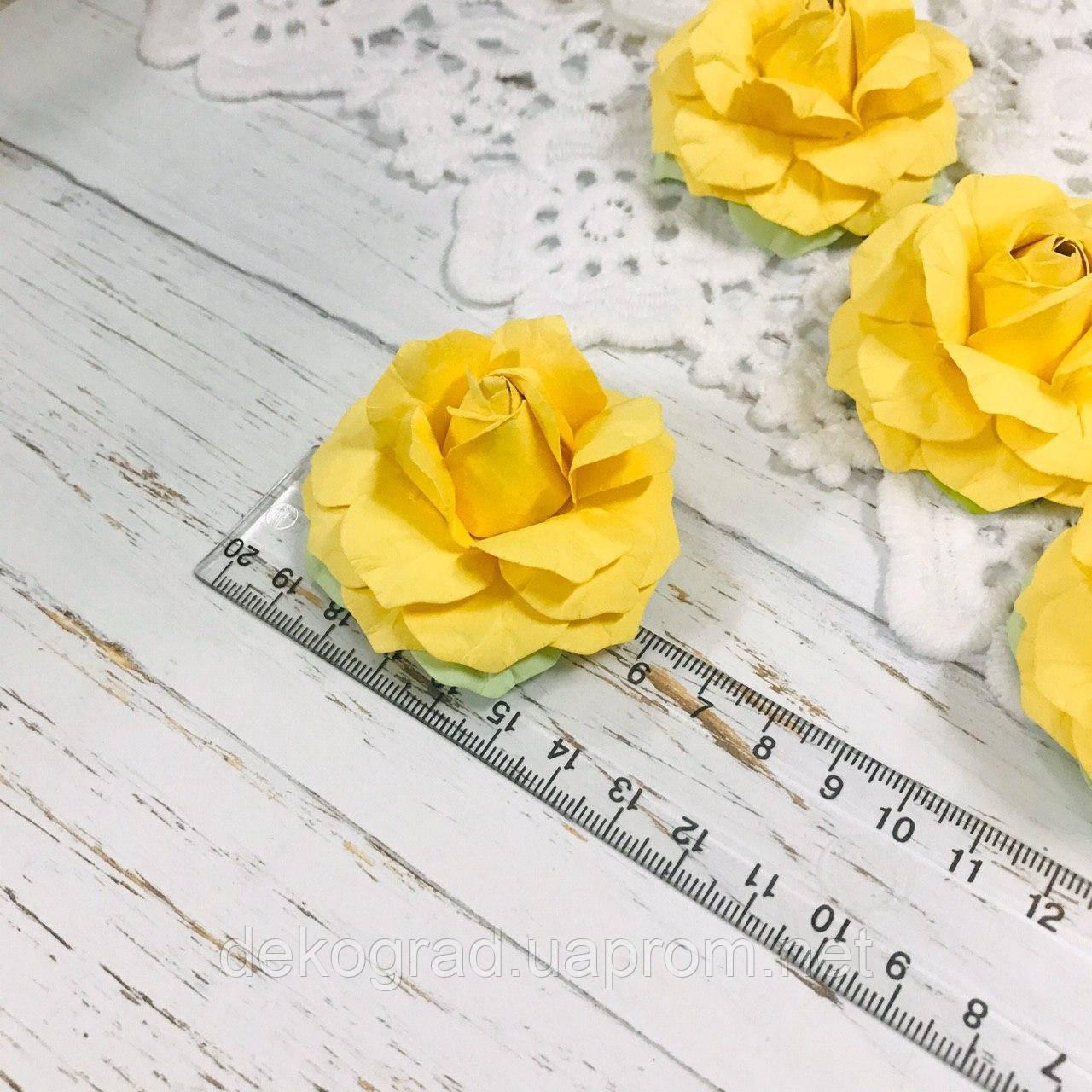 Роза жёлтая ДГ
