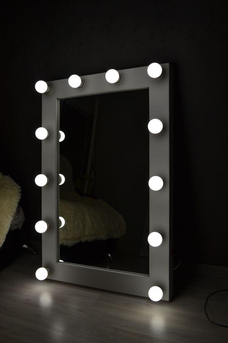 Гримерное зеркало 90 х 70 с лампами в белой раме ( Макияжное зеркало для визажа )