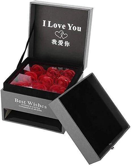 Коробочка с розами из мыла и отделением под украшение