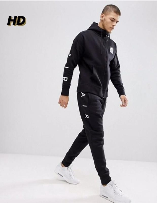Спортивный костюм Nike Air черный