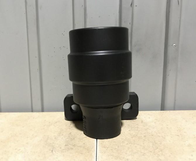 Поддерживающий каток гусеницы экскаватора Sumitomo SH130 (аналог Case)