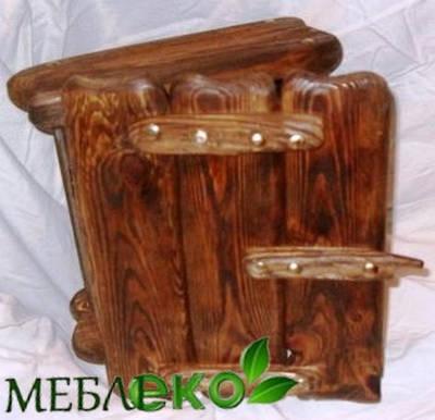 Ящик для ключей (ключница ) под старину из натурального дерева.