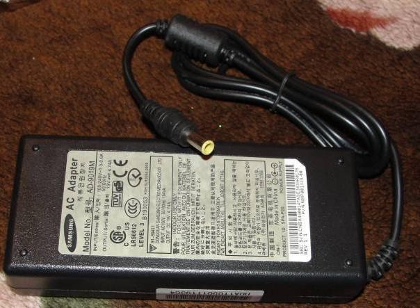 Зарядний пристрій для ноутбука SAMSUNG (original 1) 19 V 4,74 A - (5,5*3)