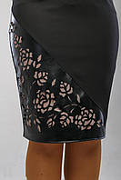 Черная строгая юбка средней длинны, классика жанра, декор в виде перфорации р.48 код 3096М, фото 1