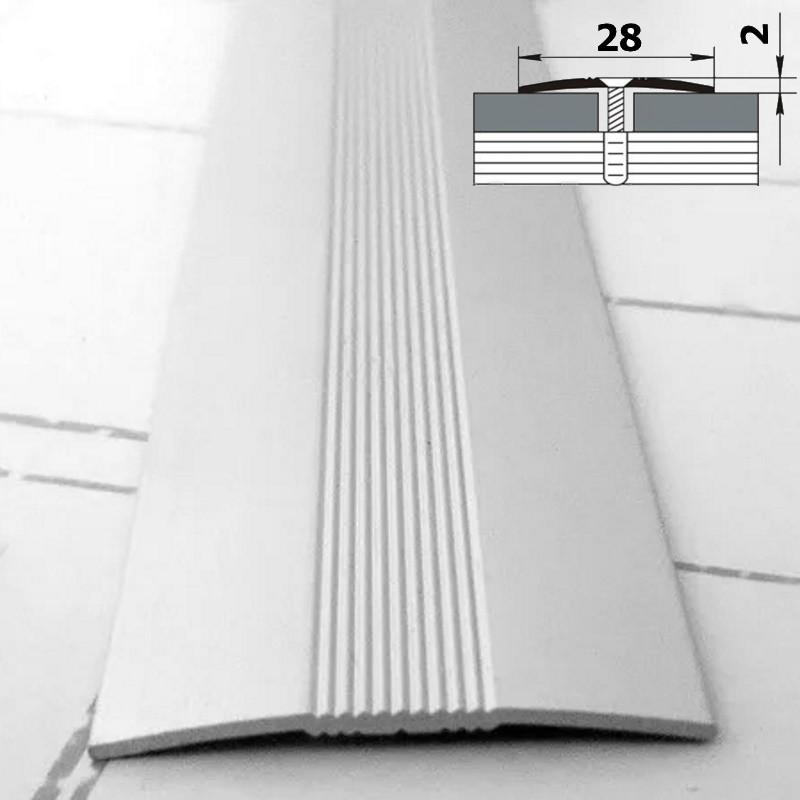 Тонкий напольный алюминиевый порог на саморезах шириной 28 мм