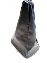 Чехол ручки кпп с рамкой кожзам UA ВАЗ 2110 черный