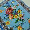 Готовий бавовняний рушник з квітами і етнічним візерунком на блакитному 45х60 см