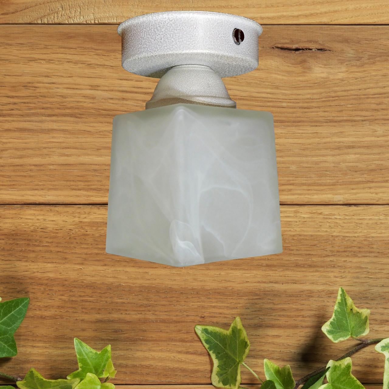 Потолочный светильник, минимализм, стандартный цоколь, белый цвет, квадратный плафон
