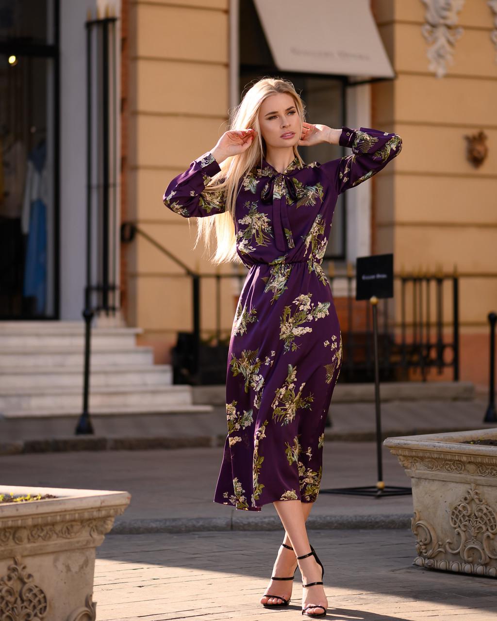 Летнее платье миди за колено с шелка Армани, (40-50рр), принт цветы на фиолетовом