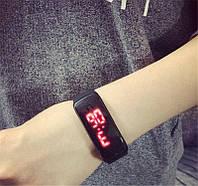 Спортивные Led часы / Электронные часы-браслет / Смарт часы