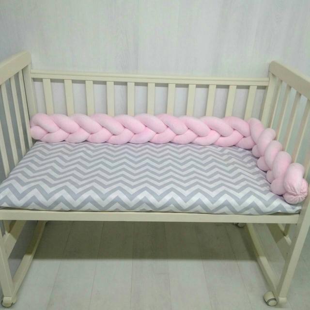 """Защита в детскую кроватку """"Коса"""""""